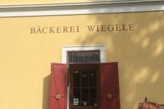 Der_Eingang_in_die_Traditionsbäckerei